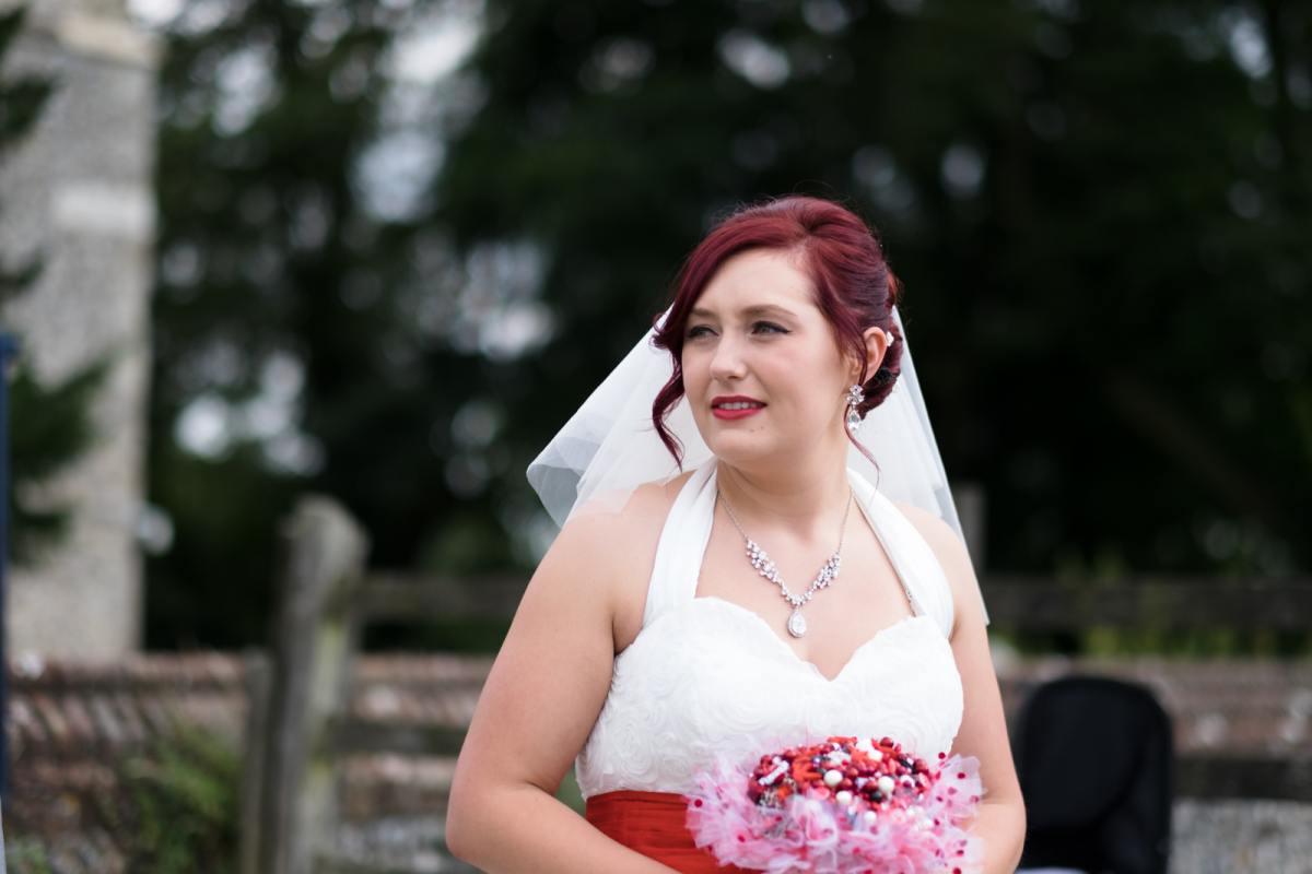 kent bridal pose