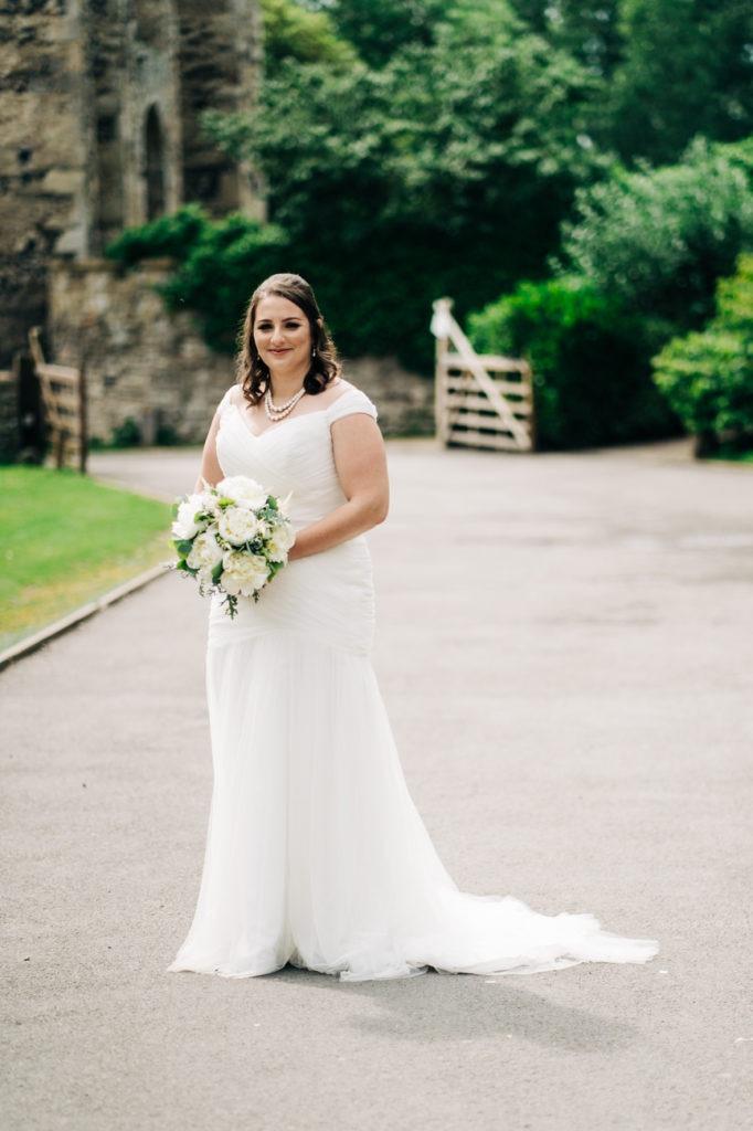 bridal portrait at cooling castle barn
