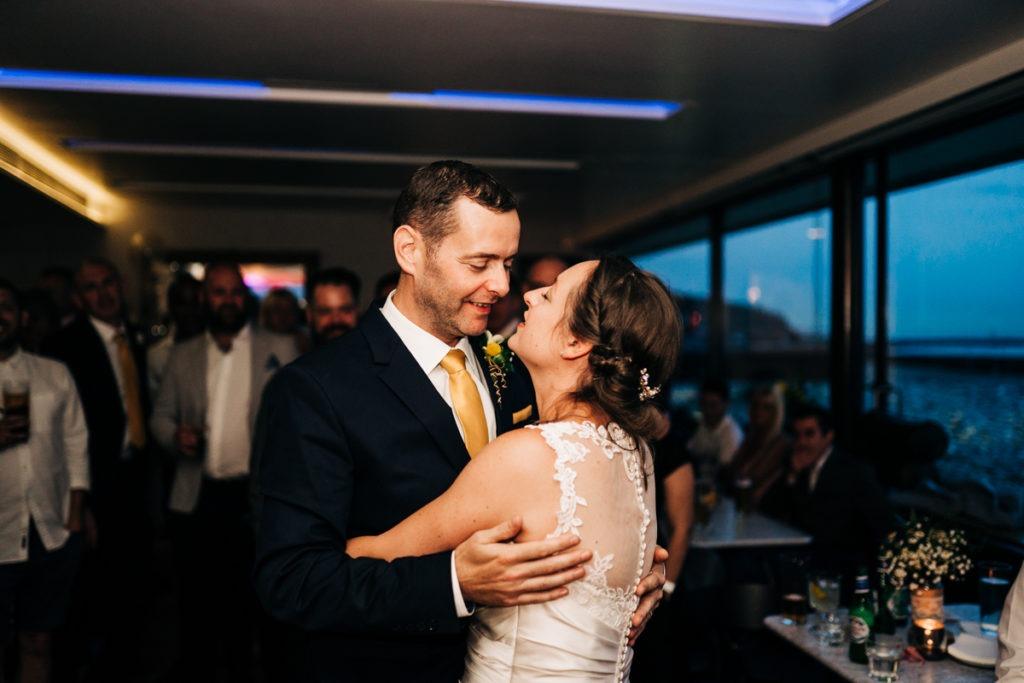 kent wedding photographer first dance