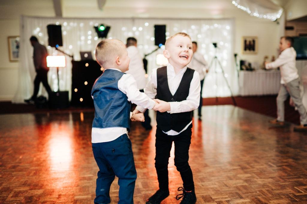 kids dancing at Weald of Kent