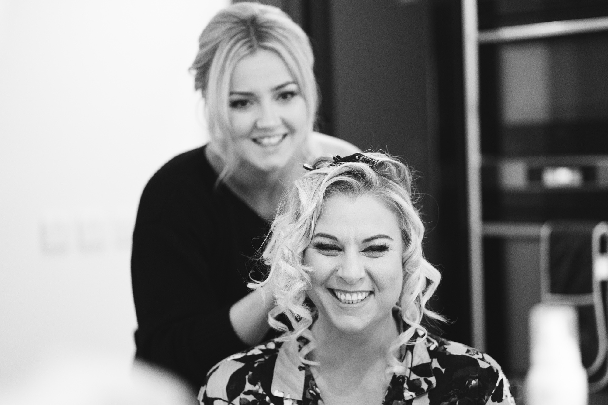 bridal prep at hempstead house
