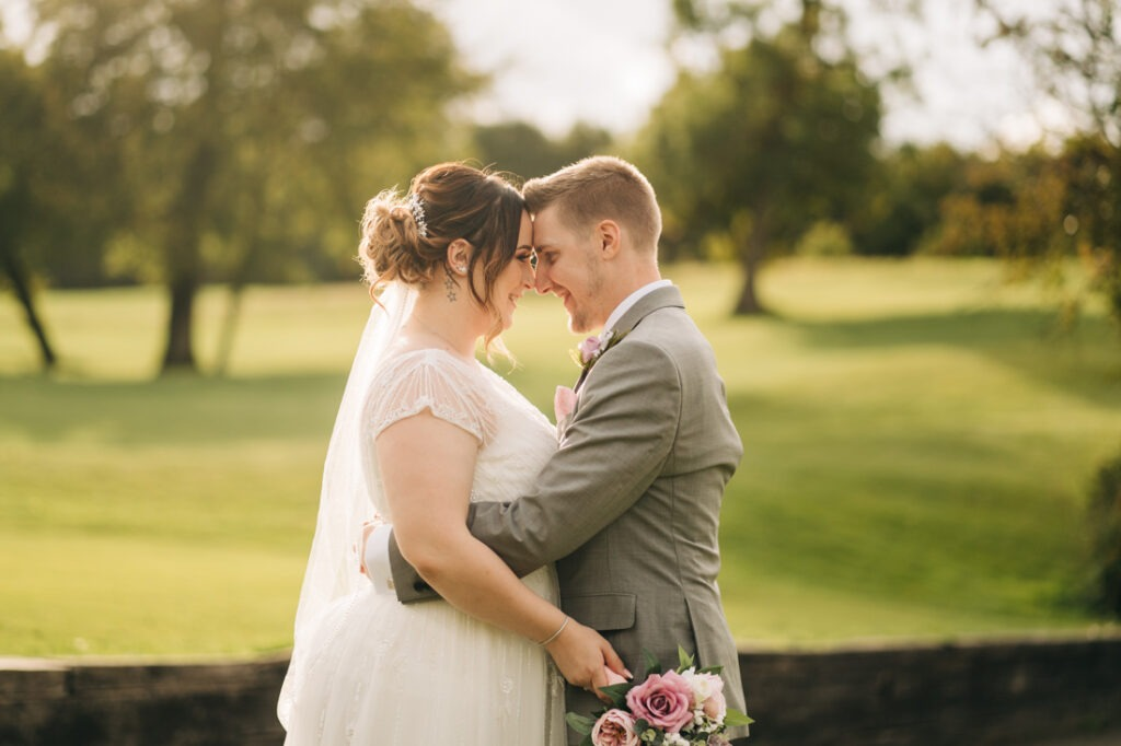 wedding portraits at Redlibbets Golf club