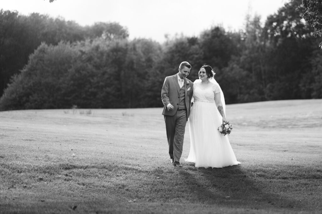 Hannah & Olly – Redlibbets Golf Club