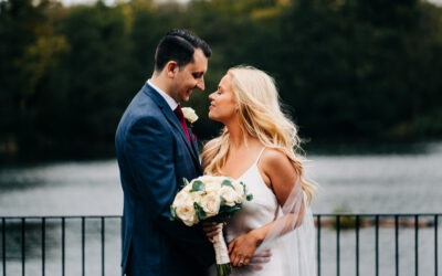 Danielle & Rob – Inn on the Lake