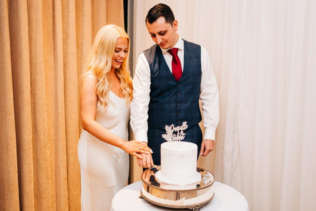 cake cutting at Inn on the Lake